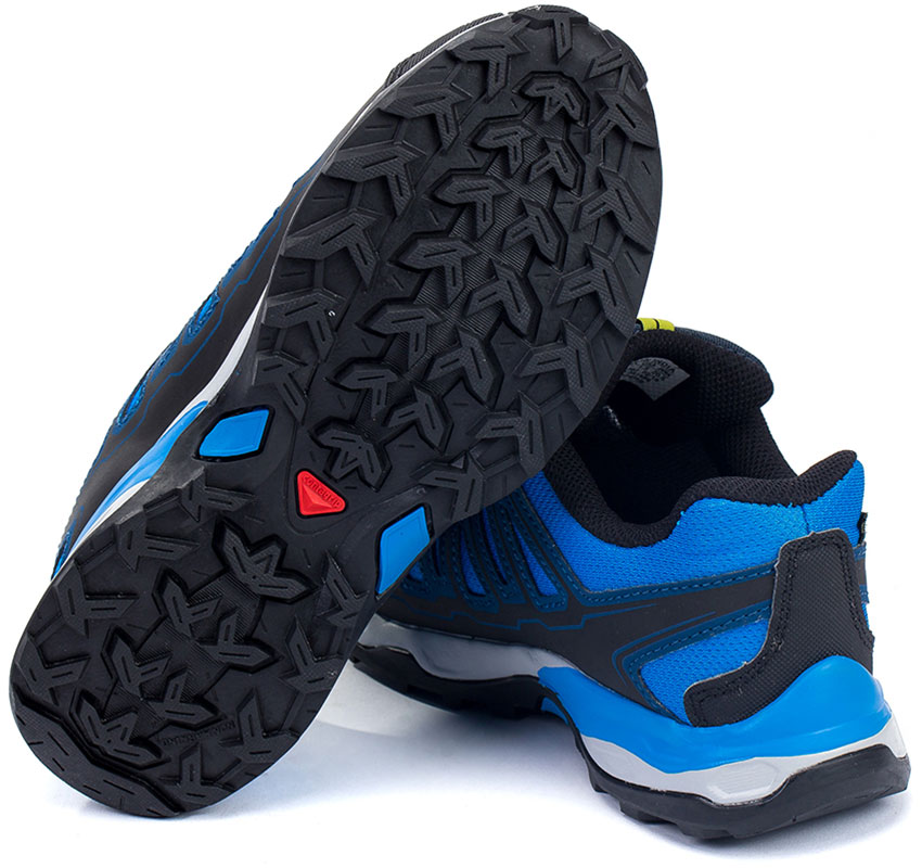 Протектор в качественной детской outdoor-обуви на примере Salomon