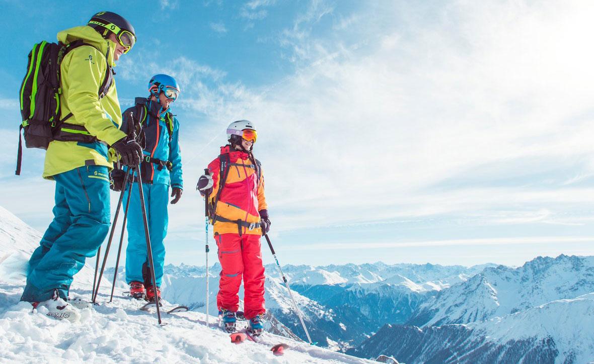 Как выбрать горнолыжный костюм  — Блог «Спорт-Марафон» 1698bf06ddae9