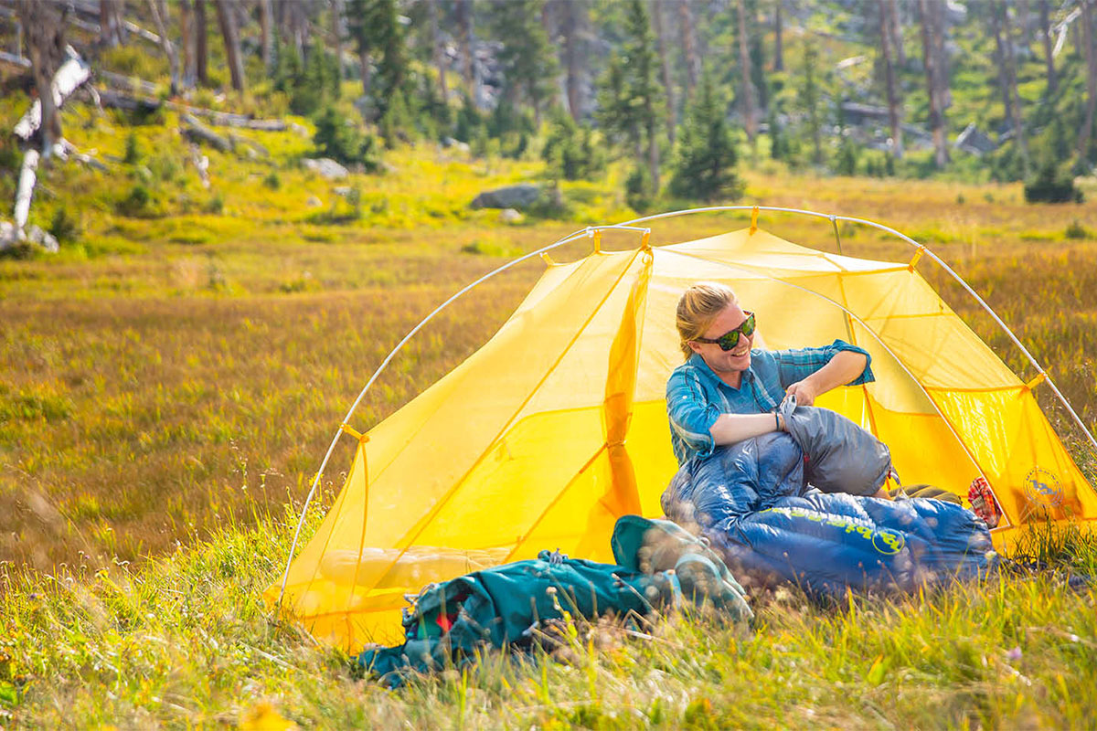 Палатка Big Agnes Copper Spur HV UL2, на заднем плане MSR Hubba Hubba NX