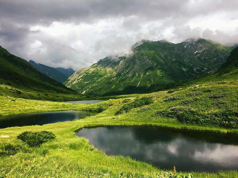 Озёрная долина Дзитаку