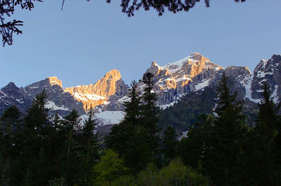Альпийский закат на вершинах Скалистой