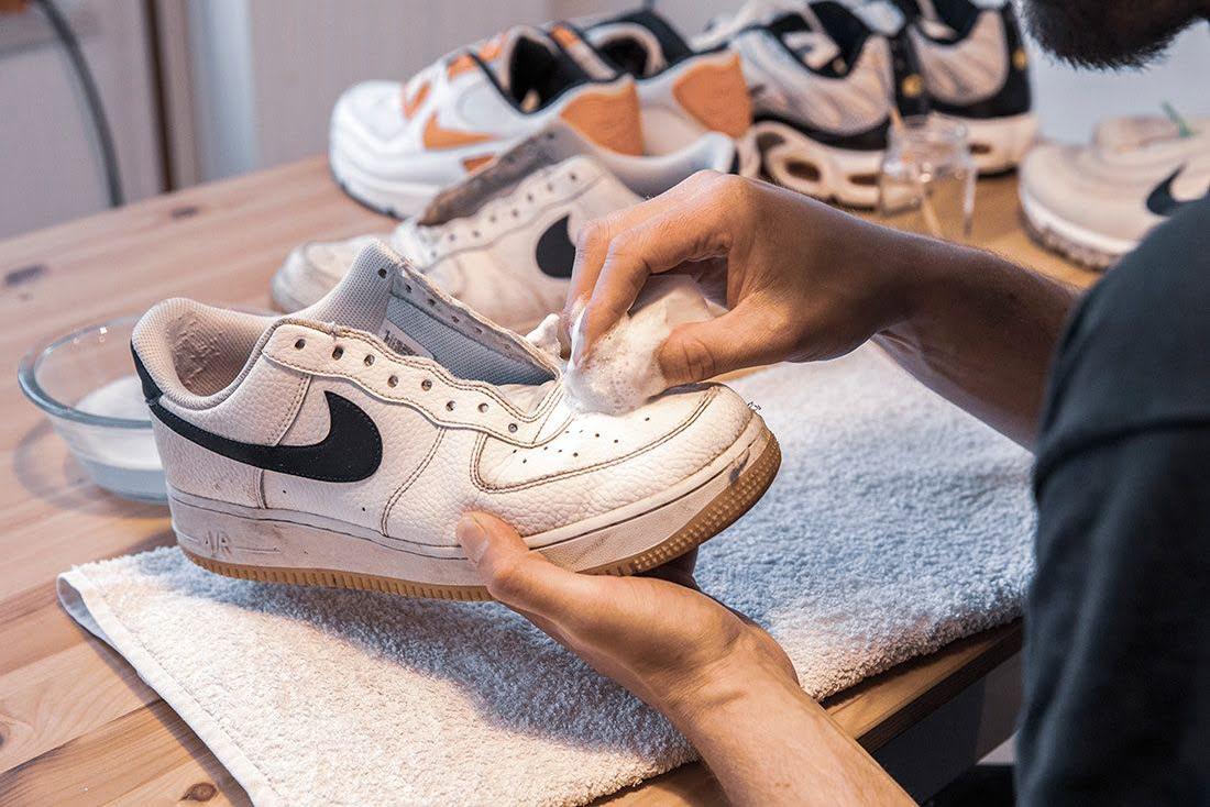 Стирать кроссовки в стиральной машинке лучше в специальном мешке