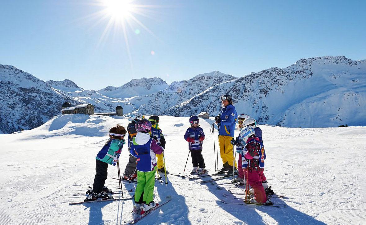 Горнолыжные курорты Швейцарии для отдыха с детьми — Блог «Спорт-Марафон» 69bbfcac015