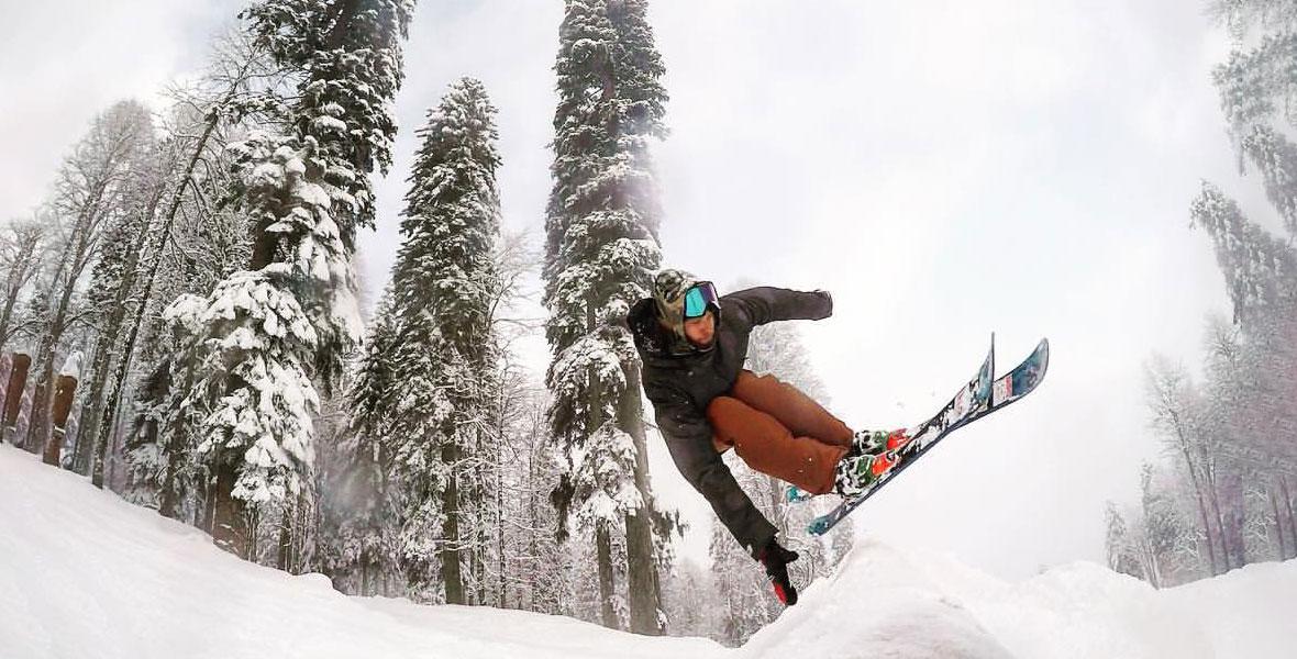 Лучшие лыжи для фрирайда в Красной Поляне — Блог «Спорт-Марафон» 53606502e50