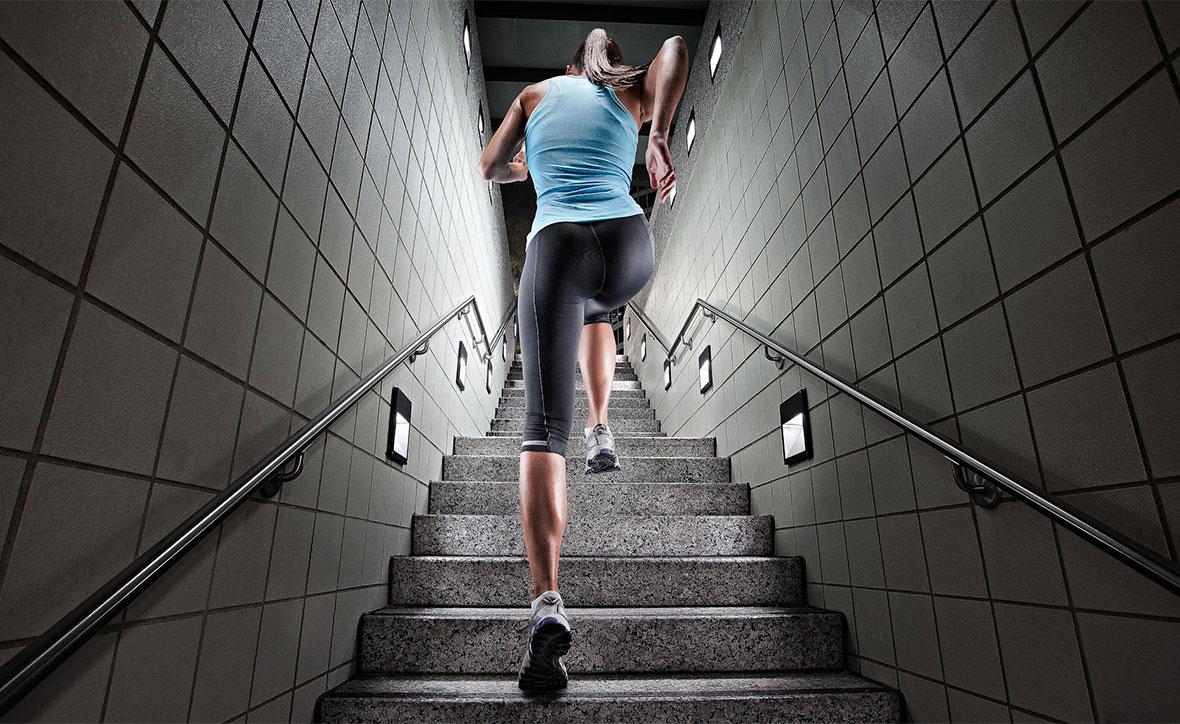 построить своими картинка работа на лестнице образом